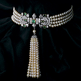 AN ART-DECO INSPIRED PEARL, DIAMOND AND EMERALD CHOKER -    - Spring Auction of Jewels
