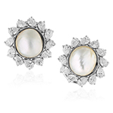 A PAIR OF NATURAL PEARL EAR CLIPS -    - Online Auction of Fine Jewels and Silver