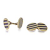 A PAIR OF GOLD CUFFLINKS -    - Spring Auction of Fine Jewels