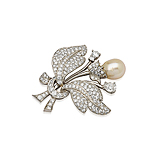 A PEARL AND DIAMOND BROOCH -    - Spring Auction of Fine Jewels