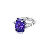 A TANZANITE AND DIAMOND RING -    - Spring Auction of Fine Jewels