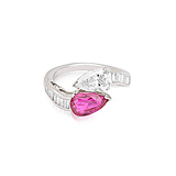 A RUBY AND DIAMOND RING -    - Spring Auction of Fine Jewels