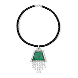 AN IMPRESSIVE EMERALD AND DIAMOND PENDANT -    - Auction of Fine Jewels & Watches