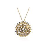 A DIAMOND PENDANT -    - Auction of Fine Jewels & Watches