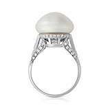 AN IMPRESSIVE NATURAL PEARL AND DIAMOND RING -    - Auction of Fine Jewels & Watches