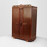 A LARGE WARDROBE -    - 24-Hour Online Auction: Art Deco