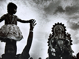 Girl at Ganpati immersion, Chowpatty - Ketaki  Sheth - 24-Hour Online Absolute Auction: Editions