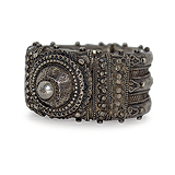 A Silver Cuff -    - 24-Hour Auction: Indian Folk and Tribal Art and Objects