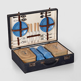 A PICNIC SET -    - Travel and Leisure Auction