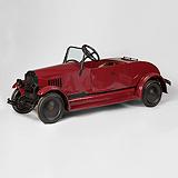 A RARE VINTAGE PEDAL-PUSH CAR -    - Travel and Leisure Auction