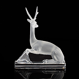 A DEER, LALIQUE -    - Travel and Leisure Auction
