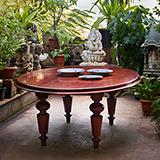 CIRCULAR DINING TABLE -    - An Aesthete's Vision