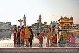 Vinita  Agarwal-Ladies of the Golden Temple