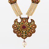-AN IMPORTANT RUBY AND EMERALD NECKLACE