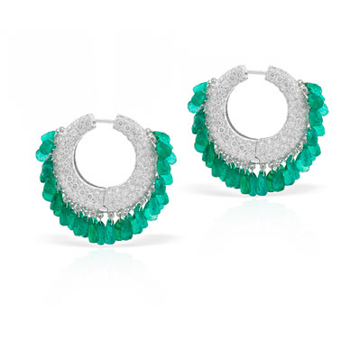 A PAIR OF DIAMOND AND EMERALD EARRINGS