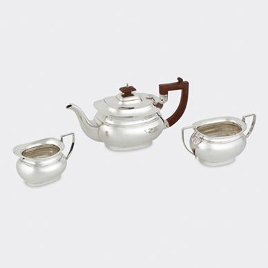 SILVER TEA SERVICE BY DEAKIN AND FRANCIS LTD.